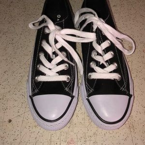 Black and White Airwalks